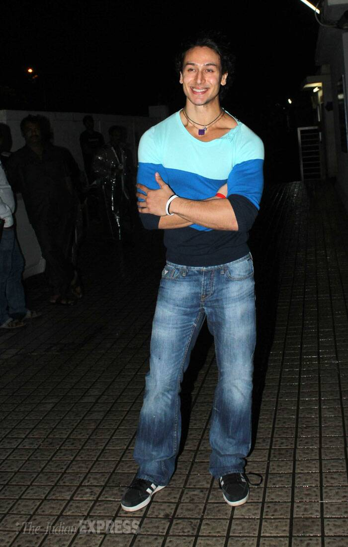 'Heropanti' star Tiger Shroff was hunk in a pair of jeans and t shirt. (Source: Varinder Chawla)