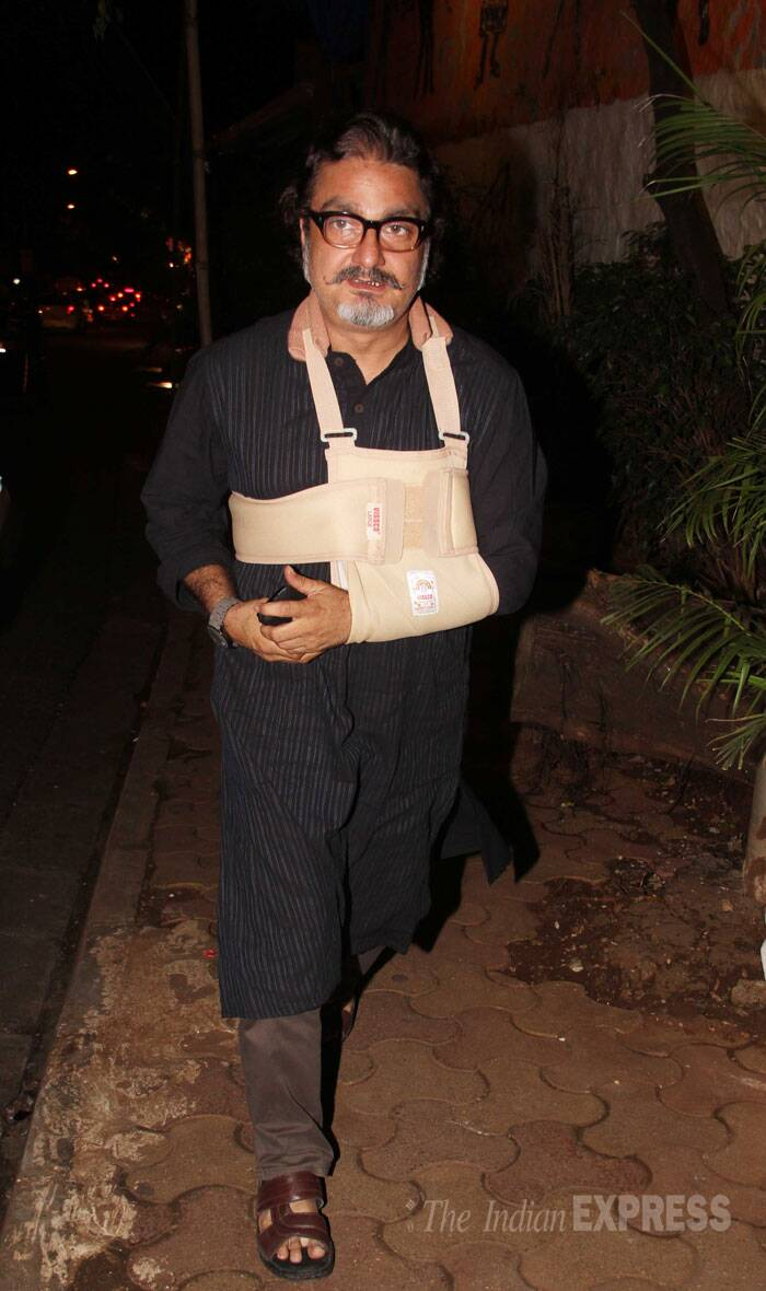 Vinay Pathak, who also has a vital role in the movie, is nursing an injury. During the film's last schedule, Varun Dhawan left Vinay injured. As Varun tried to hit him with a power packed punch, Vinay got his shoulder fractured. (Source: Varinder Chawla)