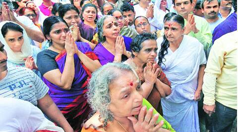 At B K S Iyengar's funeral in Pune. ( Source: Express photo by Arul Horizon )