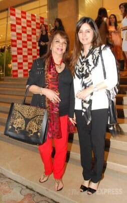 Couples' night out for Abhay, Preeti; Katrina enjoys a solo outing