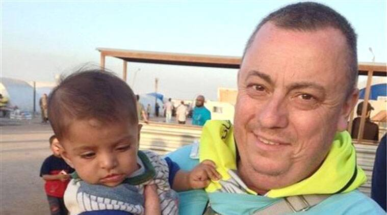 This undated family handout photo shows British man Alan Henning, currently held hostage by Islamic State (IS) and whose life was threatened in the IS video in which they beheaded David Haines. (Source: AP)