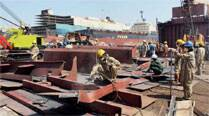 Migrant labourer dead, another injured at Alang ship-breaking yard