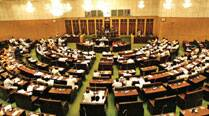 Andhra Pradesh Assembly adopts resolution on 33 pc reservation forBCs
