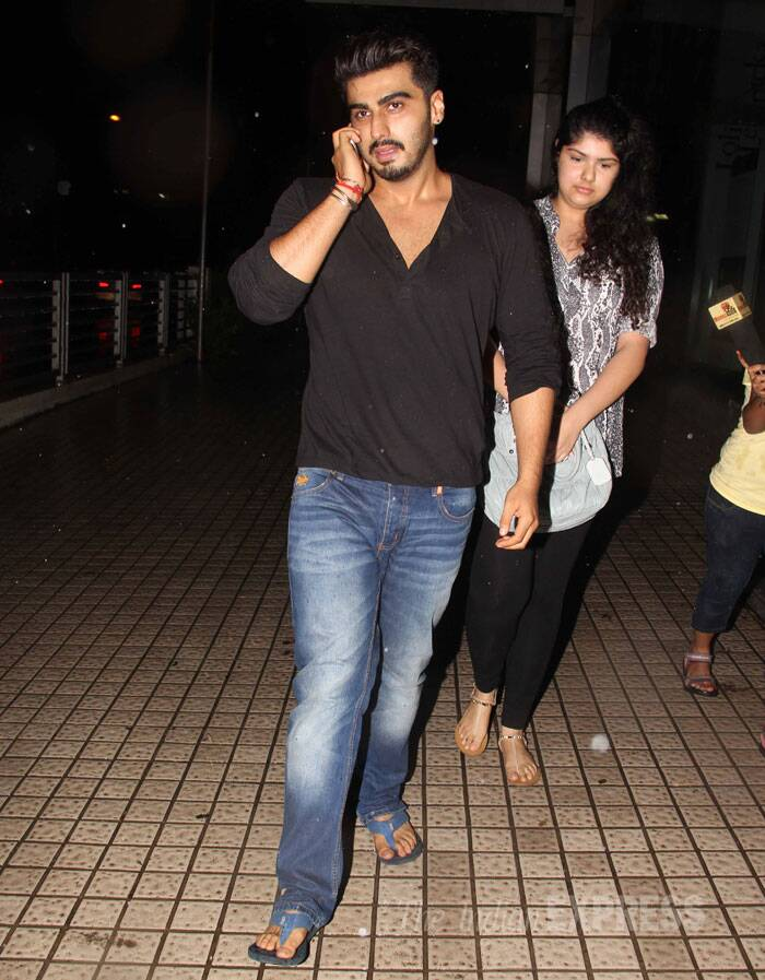 Meanwhile, Arjun Kapoor also took some time off from his busy schedule to spend some family time with his younger sister Anshula. The two were seen outside a theatre to catch a movie. (Source: Varinder Chawla)