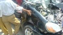 Car hits police bike, S-I dead, constable injured