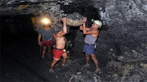 Government plays safe on coal auctions