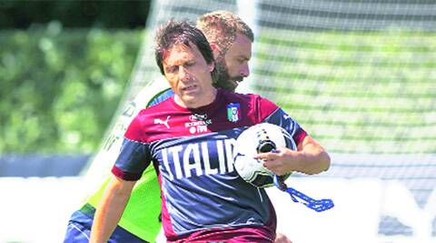 BEST FOOT FORWARD: Conte, who replaced Prandelli as Italy coach, will debut against the Dutch, coached by Hiddink, in a friendly.AP