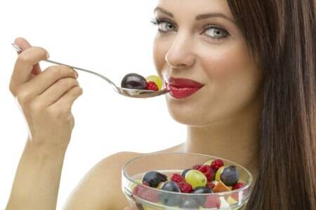 Why snacking on fruits can beharmful