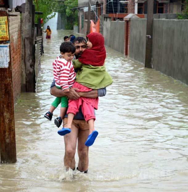 Floods hit Jammu and Kashmir