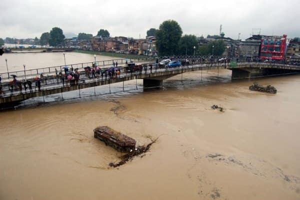 FloodSrinagar1