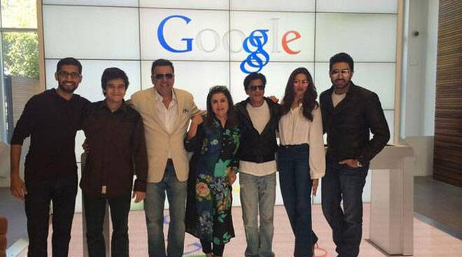 Shah Rukh Khan, Deepika and the 'Happy New Year' team take Google, Twitter by storm