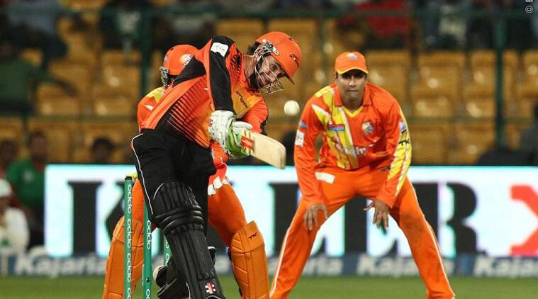 CLT20 2014: Mitchell Marsh's late charge knocks out Lahore Lions