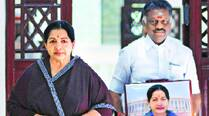 Unable to get bail, Jaya refuses to meet Panneerselvam in jail