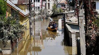 As Kashmir flood waters recede, the tragedy unfolds