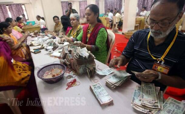 Lalbaugcha Raja mandal counts the donations