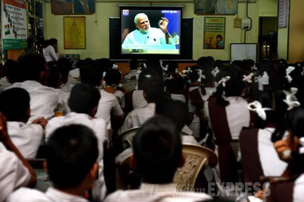 Narendra Modi interacts with school children on Teachers' Day