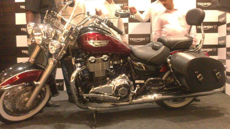 Triumph Motorcycles Launches 1699 Cc Cruiser Thunderbird Lt At Rs
