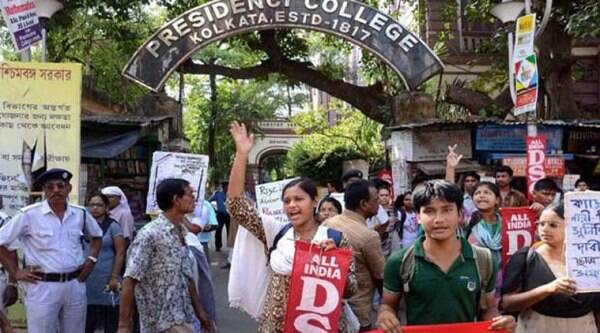 The students of Jadavpur University areprotesting  in the wake of alleged police assault of students in the early hours of September 17. (Source: PTI/file)