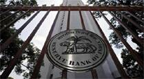 Reserve Bank may hold rates until Q2 of 2015, then ease, sayspoll