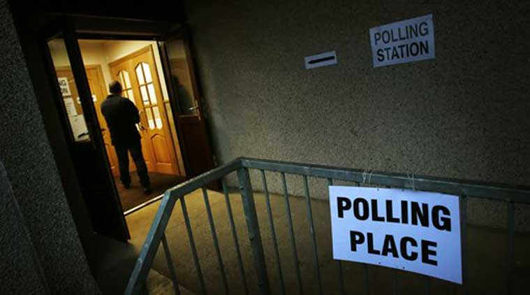 Polls opened across Scotland Thursday in a referendum that will decide whether the country leaves its 307-year-old union with England and becomes an independent state.  (Source: AP)
