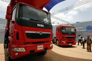 Heavy truck sales rise after 30 months, signal recovery in India's economicgrowth