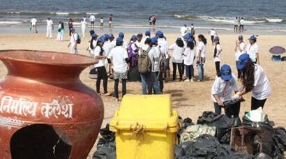 World Coastal Cleanup Day observed in Mumbai