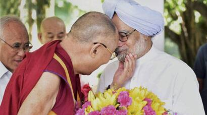 Dalai Lama meets Manmohan Singh