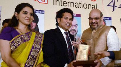 Sachin Tendulkar, Helen receive Giants International Awards