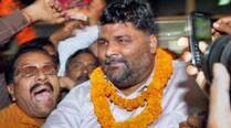 MP Papu Yadav's supporters stage dharna over doctors' consultation fees; IMA refuses to buckle