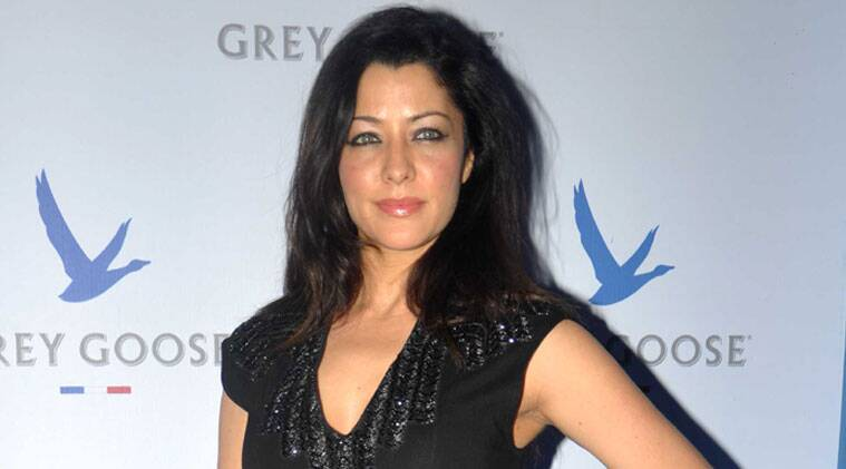 aditi govitrikar parents