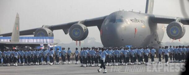 Today in pics - Rehearsals for Air Force day parade