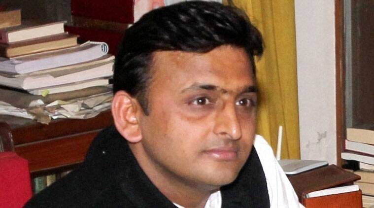 CM Akhilesh Yadav sacks 72 chairmen, advisors of MoS rank