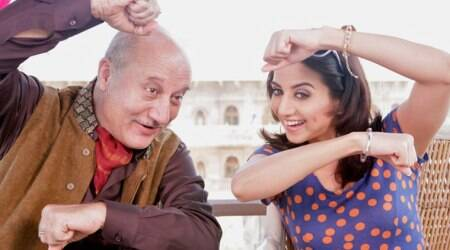 """Producer Sameer Karnik hasn't cleared my dues even after 2 yrs. Made police complaint about bounced cheques 1yr back. NOTHING has Happened,"" Anupam Kher posted on Twitter."