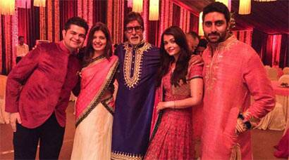 Inside pics of Bachchans Diwali bash: Aishwarya, Abhishek, Shweta party all night