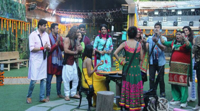 The housemates have finally let bygones be bygones as they get together to decorate and make sweets in true spirit of the festival.