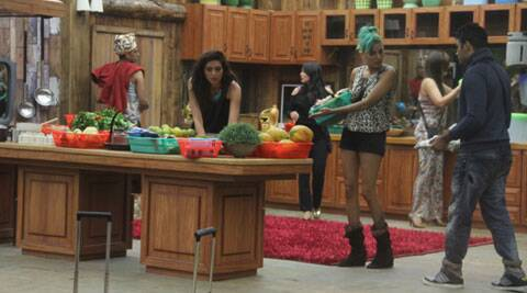 Bigg Boss 8 Day 10: The resentment between the two teams continues