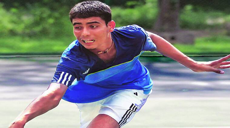 UT-based teen shocks top seed, wins national junior tennis title