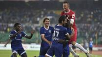Bernard Mendy stunner seals it for Chennayin FC