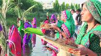 On Chhath, 2 Bihars on the riverfront