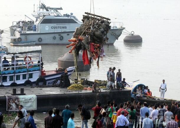 Festivities end, idols immersed in Hooghly