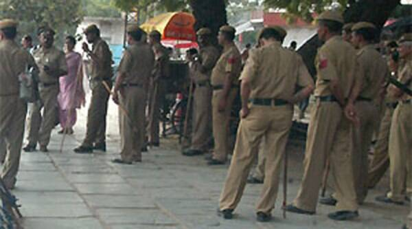 A Delhi Police constable was shot dead while patrolling at Vijay Nagar at 2 am. (File photo: Indian Express)