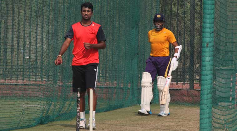 South Zone's Pragyan Ojha and Robin Uthappa during a practice session ahead of their Duleep Trophy final against Central Zone at Feroz Shah Kotla in New Delhi on Tuesday. (Express photo by Renuka Puri)