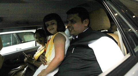 LIVE: Fadnavis takes oath as Maharashtra CM; BJP leaders convince Uddhav to attend ceremony