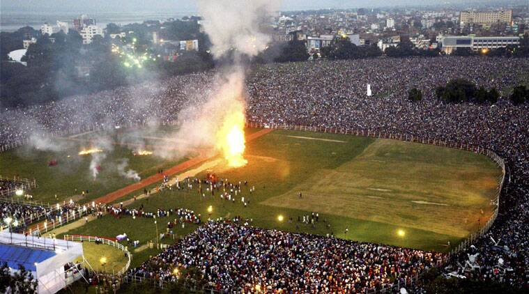 An aerial view of the crowd gathered during the Dussehra celebrations at Gandhi maidan in Patna on Friday. (Source: PTI Photo)