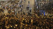 Hong Kong police refrain from dismantling barricades by protesters