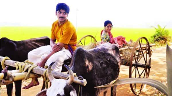 Arjun Chakraborty  and Amrita Chattopadhayay in a still from the  film     Jaanla Diye Bou Palalo