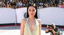 Jessie J premieres 'Masterpiece' music video