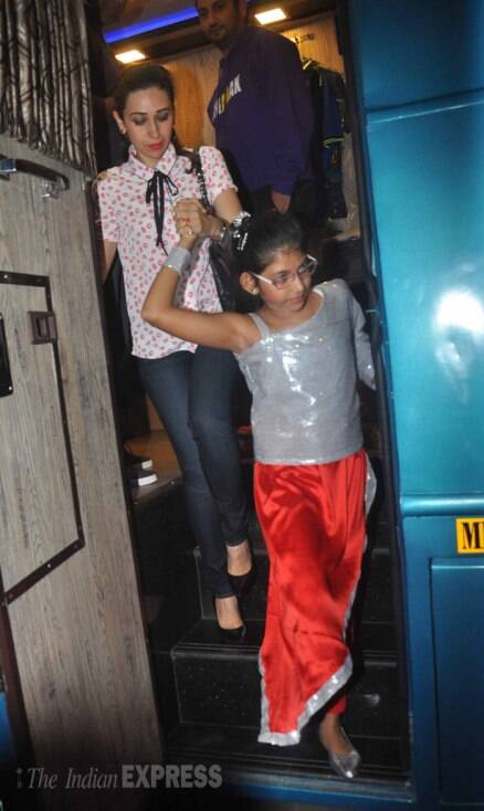 Karisma Kapoor, Raveena Tandon with their kids at a dance event