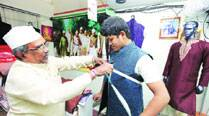 Days after Narendra Modi calls for buying khadi, sales pick up acrossIndia