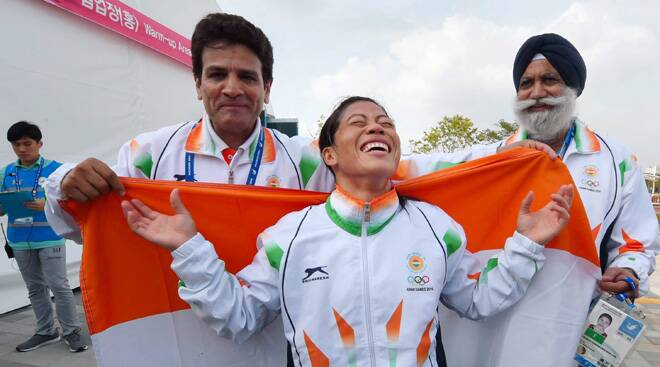 Mary Kom rules the ring, Tintu races to silver, Annu lands bronze, Sarita refuses medal